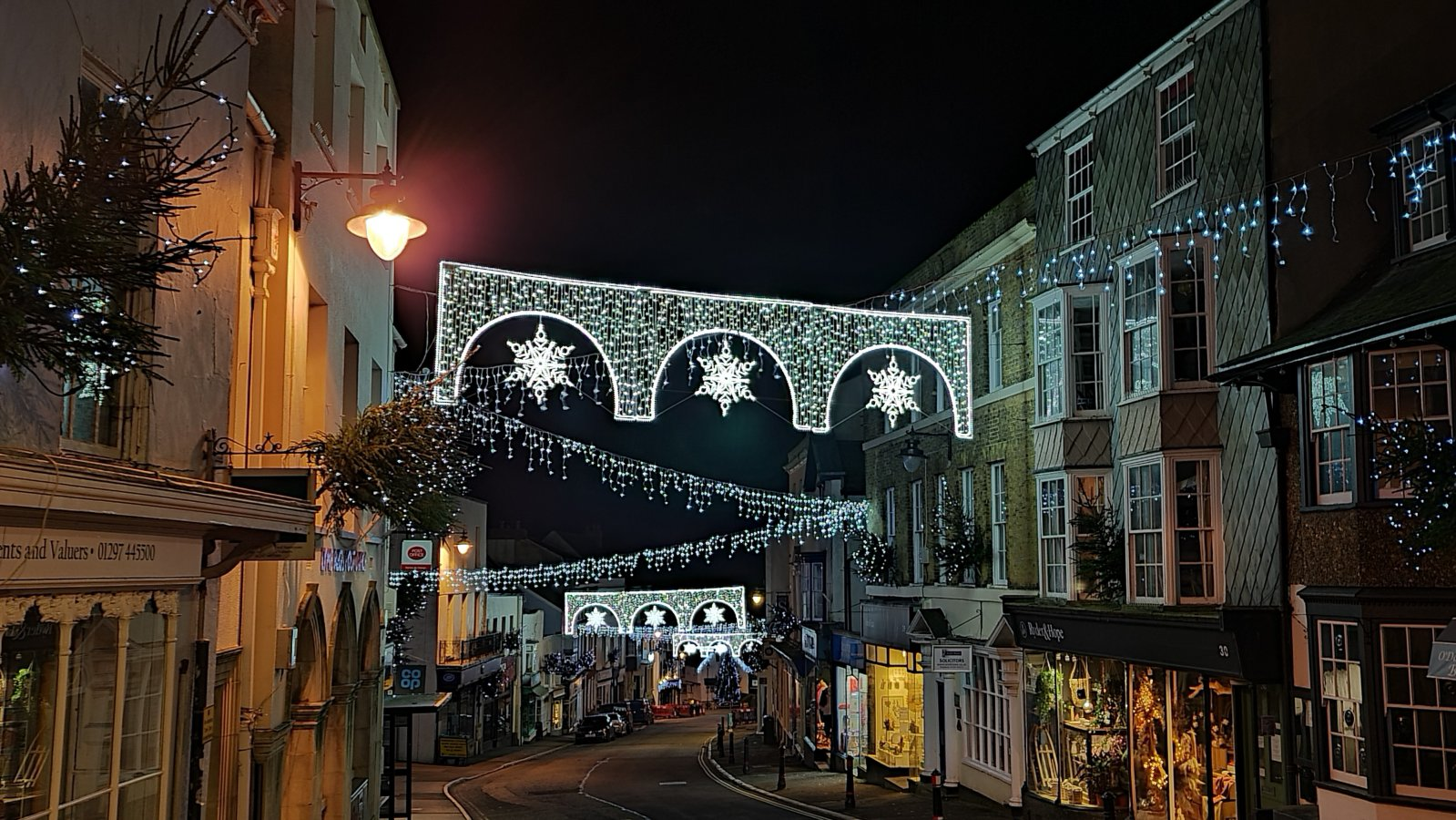 Broad Street - Christmas Lights 2020